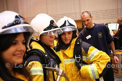 Genève, le 25.11.2009.Cité des métiers. Pompier.© Le Courrier / J.-P. Di Silvestro