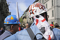 - Milano, manifestazione &quot;Occupy Piazza Affari&quot; promossa da tutti i partiti e le organizzazioni di estrema sinistra in protesta contro il governo Monti<br />