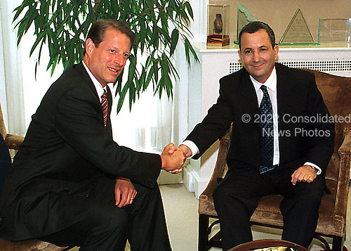 Washington, DC - Jujly 15, 1999 -- United States Vice President Al Gore and Prime Minister Ehud Barak of Israel meet in the VP's Office at the White House on Thursday, 15 July, 1999..Credit: Ron Sachs / CNP