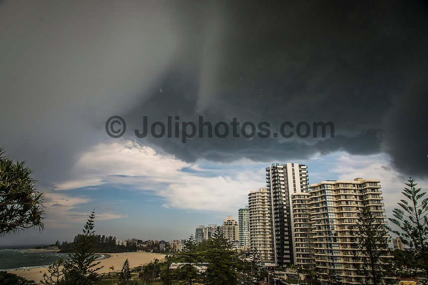 Coolangatta, Queensland, Australia.(Monday, February 1, 2016): For the 4th day in a row South East Queensland was struck with summer thunderstorm moving in from the North and West.Photo: joliphotos.com