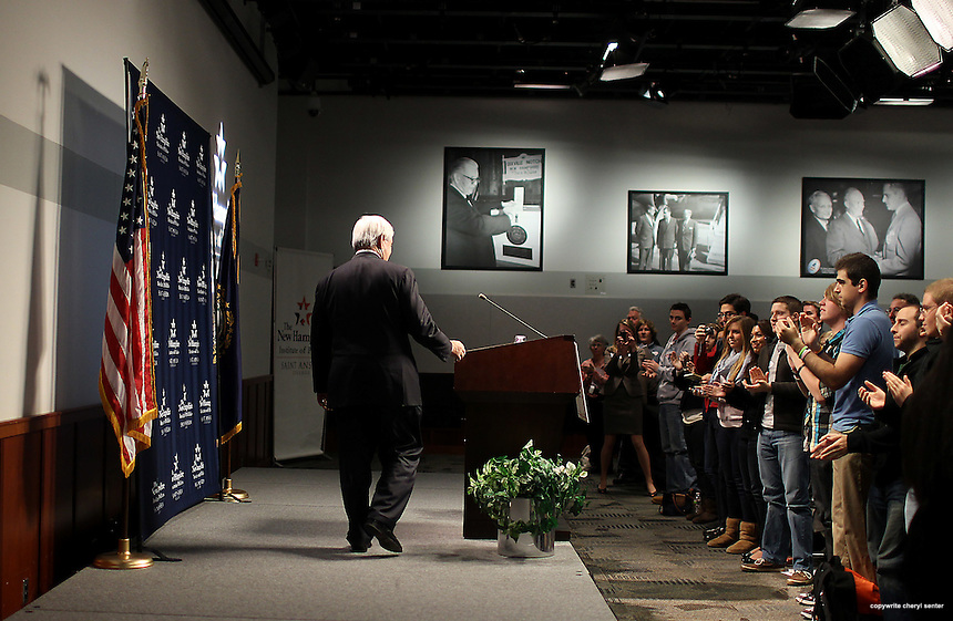 The audience applauds as 2012 Presidential candidate, former House Speaker Newt Gingrich enters to speak at a town meeting at St. Anselm College in Manchester, N.H.,  Monday, Nov. 21, 2011. (AP Photo/Cheryl Senter)