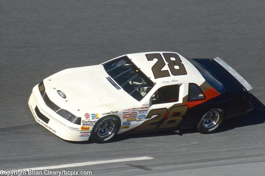 Davey Allison, #28 Harry Ranier Havoline Ford Thunderbird, practice, Daytona 500, Daytona International Speedway, Daytona Beach, Florida, February 15, 1987. (Photo by Brian Cleary/www.bcpix.com)