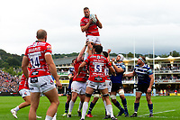Ed Slater of Gloucester Rugby wins the ball at a lineout. Gallagher Premiership match, between Bath Rugby and Gloucester Rugby on September 8, 2018 at the Recreation Ground in Bath, England. Photo by: Patrick Khachfe / Onside Images