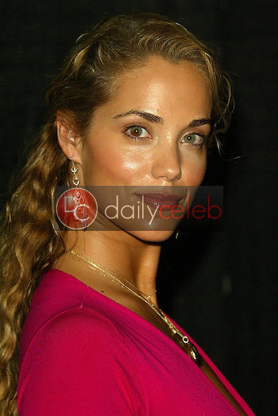 """Elizabeth Berkley<br /> At the """"Sounds of the Sacred, Songs of the Earth"""" awards gala, The Friars of Beverly Hills, Beverly Hills, CA 09-15-05<br /> Jason Kirk/DailyCeleb.com 818-249-4998"""