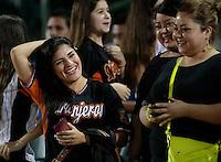 Aficionados durante el segundo  juego de la serie de beisbol entre Charros de Jalisco vs Naranjeros de Hermosillo de la Liga Mexicana del Pacifico en el Estadio Sonora.<br /> Hermosillo Sonora a 12 noviembre 2014. <br /> (Foto: Luis Gutierrez)