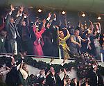 Nederland, Amsterdam, 14-08-1996, opening amsterdam Arena. koningin Beatrix en Prins Claus doen de WAVE mee met het publiek tijdens de openingswedstrijd tussen Ajax en AC Milan..foto Michael Kooren.