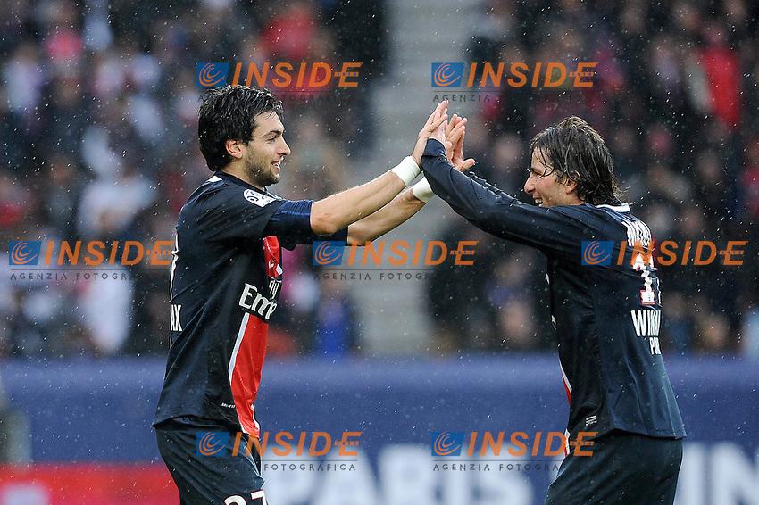 Javier Pastore et Maxwell (PSG) .Parigi 4/3/2011 .Calcio Football 2011/2012 Ligue 1 Francia.Foto Insidefoto / Le Gouic / Fep / Panoramic.ITALY ONLY