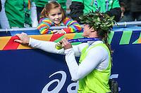 NEW YORK, NY, 06.11.2016 - MARATONA-NEW YORK - Tiffiney Perry da Nova Zelandia comemora vitória  na Maratona Internacional de New York  nos Estados Unidos neste domingo, 06 (Foto: William Volcov/Brazil Photo Press)