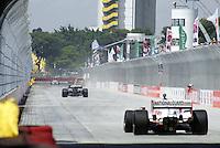 SÃO PAULO, SP, 13 DE MARÇO DE 2010 - TREINOS SÃO PAULO INDY 300 - Na manhã de hoje treinos para a corrida São Paulo Indy 300, etapa de abertura da temporada 2010 da IZOD IndyCar Series. A corrida acontece amanhã, nas ruas de São Paulo, passando pelo Sambódromo e Marginal do Tietê. (FOTO: WILLIAM VOLCOV / NEWS FREE).