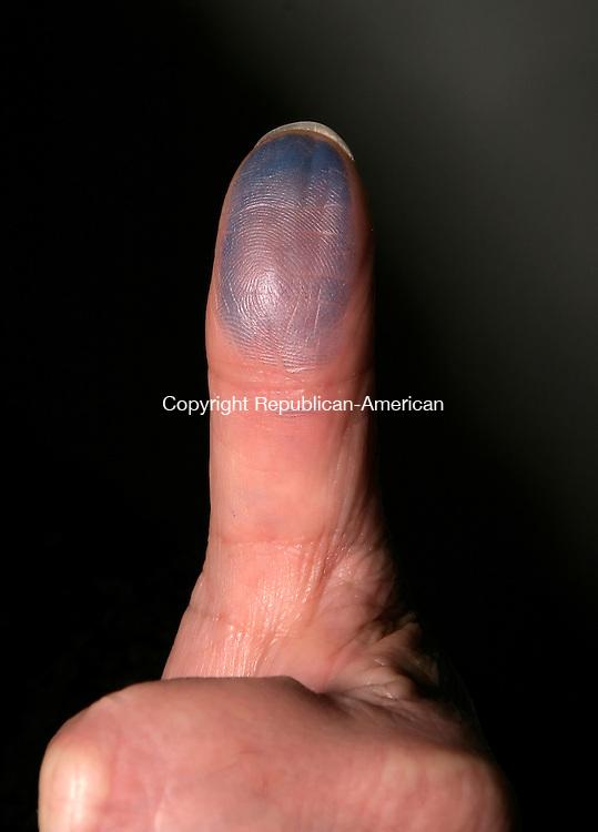 WATERBURY, CT--05 APRIL 2007--040507JS18-Thumb for illustration.<br /> Jim Shannon / Republican-American