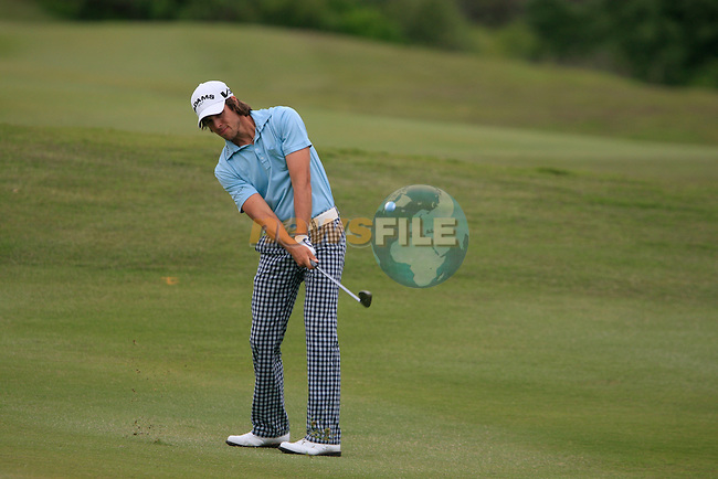 Aaron Baddeley (AUS) plays his 2nd shot on the 9th hole during Day 2 of the Volvo World Match Play Championship in Finca Cortesin, Casares, Spain, 20th May 2011. (Photo Eoin Clarke/Golffile 2011)