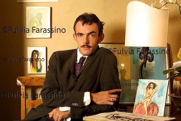 MILANO 30/10/2001.ORIO VERGANI, GALLERISTA