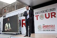 Vigevano (Pavia): Umberto Ambrosoli candidato per il centrosinistra alla carica di presidente della regione Lombardia, apre il suo tour elettorale...