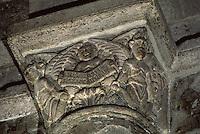 Europe/France/Auvergne/43/Haute-Loire/Brioude: La basilique Saint Julien (plus grande église romane d'Auvergne) - La chapelle - Le narthex - Détail Usurier