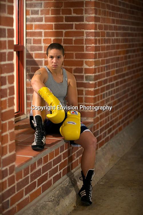 Tish Manuel, Boxer