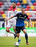 nph00351: Fussball, 1. Bundesliga, Saison 19/20, 26. Spieltag, Fortuna Düsseldorf - FC Paderborn 07, 16.05.2020:<br /> Uwe Hünemeier (SCP), Kenan Karaman (F95)<br />  <br /> <br /> Nur für journalistische Zwecke! Only for editorial use!<br /> <br /> Gemäß den Vorgaben der DFL Deutsche Fußball Liga ist es untersagt, in dem Stadion und/oder vom Spiel angefertigte Fotoaufnahmen in Form von Sequenzbildern und/oder videoähnlichen Fotostrecken zu verwerten bzw. verwerten zu lassen. DFL regulations prohibit any use of photographs as image sequences and/or quasi-video. <br /> <br /> Foto: Moritz Müller/Pool / via Meuter/nordphoto