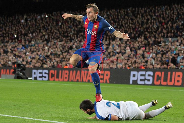 Copa del Rey 2016/2017. 1/16 Final-Vuelta.<br /> FC Barcelona vs Hercules CF: 7-0.<br /> Lucas Digne vs Albert Buigues.