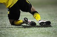 FUSSBALL   DFB POKAL   SAISON 2011/2012   VIERTELFINALE Holstein Kiel - Borussia Dortmund                          07.02.2012 Die Spieler beider Mannschaften spielten mit Noppenschuhen auf gefrorenen Platz