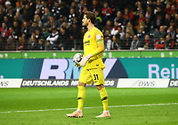 Torwart Kevin Trapp (Eintracht Frankfurt) - 11.11.2018: Eintracht Frankfurt vs. FC Schalke 04, Commerzbank Arena, DISCLAIMER: DFL regulations prohibit any use of photographs as image sequences and/or quasi-video.