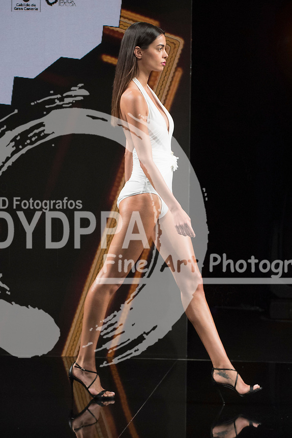 Joana Sanz poses (Juventus' Brazilian player Dani Alves' girlfriend)