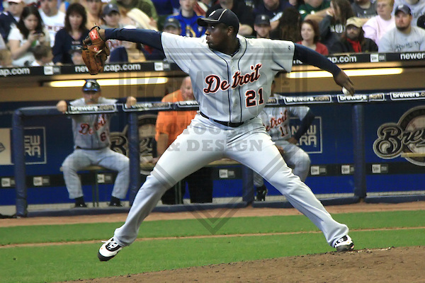 MILWAUKEE - APRIL 2010: Dontrelle Willis of the Detroit Tigers in action during a game on April 3, 2010 at Miller Park in Milwaukee, Wisconsin. (Photo by Brad Krause)