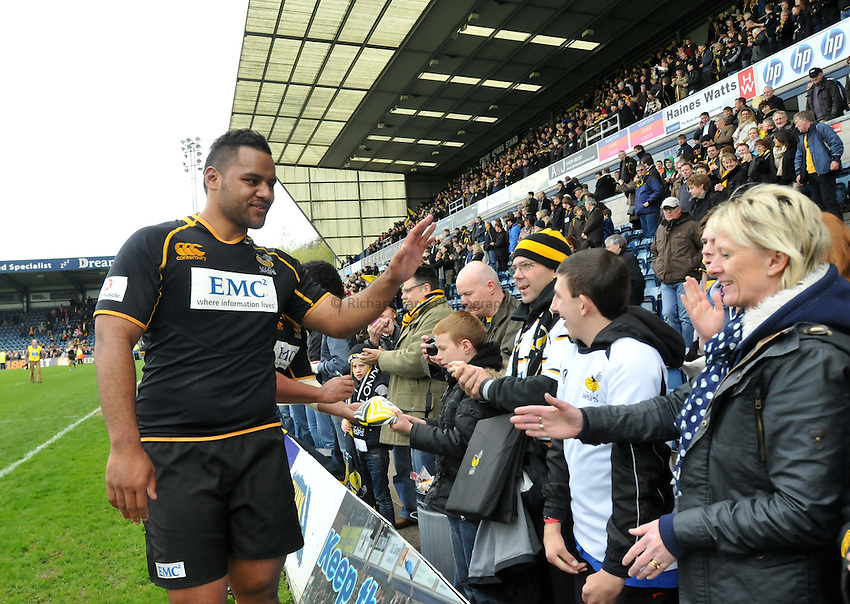 Photo: Tony Oudot/Richard Lane Photography. London Wasps v Newcastle Falcons. Aviva Premiership. 05/05/2012. Wasps' Billy Vunipola shakes hands with supporters.