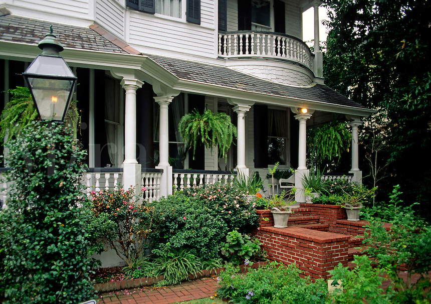 PORCH & garden of a Southern Style MANSION in the GARDEN DISTRICT - NEW ORLEANS, LOUISIANA