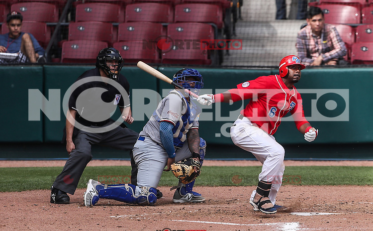 Ruben Goyay en su turno al bat por Puerto Rico, durante el partido de beisbol de la Serie del Caribe entre Republica Dominicana vs Puerto Rico en el Nuevo Estadio de los Tomateros en Culiacan, Mexico, Sabado 4 Feb 2017. Foto: Luis Gutierrez/NortePhoto.com<br /> <br /> Actions, during the Caribbean Series baseball match between Dominican Republic vs Puerto Rico at the New Tomateros Stadium in Culiacan, Mexico, Saturday 4 Feb 2017. Photo: Luis Gutierrez / NortePhoto.com