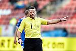 Nederland, Utrecht, 2 december  2012.Eredivisie.Seizoen 2012-2013.FC Utrecht-AZ.Pieter Vink scheidsrechter van de KNVB