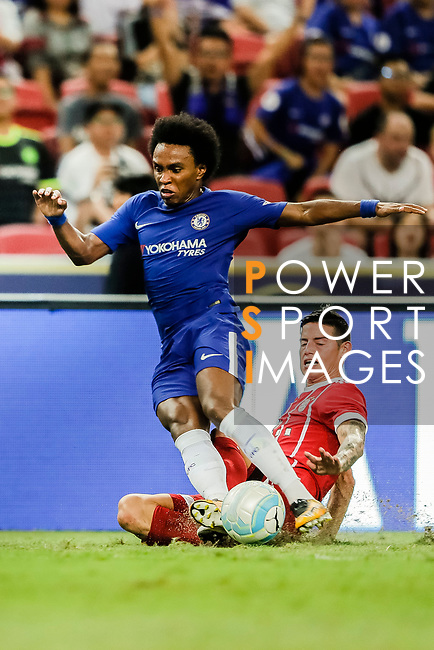 Bayern Munich Midfielder James Rodríguez (R) trips up with Chelsea Midfielder Willian da Silva (L) during the International Champions Cup match between Chelsea FC and FC Bayern Munich at National Stadium on July 25, 2017 in Singapore. Photo by Marcio Rodrigo Machado / Power Sport Images