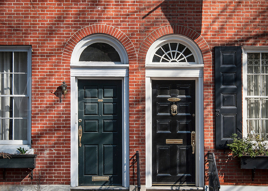 Colonial houses in Society Hill historic district, Old City, Philadelphia, Pennsylvania, USA