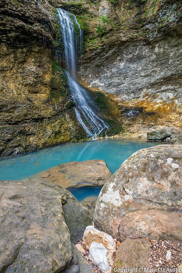 Buffalo National River, Arkansas: Eden falls and blue pool on Eden Creek, Lost Valley