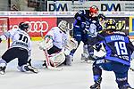 Nuernbergs Jenike unter Beschuss in INgolstadt beim Spiel in der DEL, ERC Ingolstadt (blau) - Nuernberg Ice Tigers (weiss).<br /> <br /> Foto &copy; PIX-Sportfotos *** Foto ist honorarpflichtig! *** Auf Anfrage in hoeherer Qualitaet/Aufloesung. Belegexemplar erbeten. Veroeffentlichung ausschliesslich fuer journalistisch-publizistische Zwecke. For editorial use only.