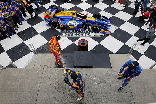 Verizon IndyCar Series<br /> IndyCar Grand Prix at the Glen<br /> Watkins Glen International, Watkins Glen, NY USA<br /> Sunday 3 September 2017<br /> Alexander Rossi, Curb Andretti Herta Autosport with Curb-Agajanian Honda, Ryan Hunter-Reay, Andretti Autosport Honda, Scott Dixon, Chip Ganassi Racing Teams Honda celebrate with champagne on the podium<br /> World Copyright: Phillip Abbott<br /> LAT Images<br /> ref: Digital Image abbott_wglen_0817_10710