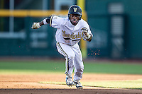 Vanderbilt Commodores designated hitter Ro Coleman (1) runs to third base against the TCU Horned Frogs in Game 12 of the NCAA College World Series on June 19, 2015 at TD Ameritrade Park in Omaha, Nebraska. The Commodores defeated TCU 7-1. (Andrew Woolley/Four Seam Images)