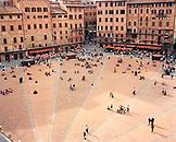 ITALY, Siena, Piazza del Campo