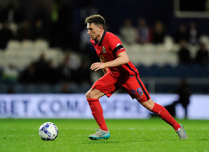 Blackburn Rovers' Corry Evans<br /> <br /> Photographer Ashley Western/CameraSport<br /> <br /> Football - The Football League Sky Bet Championship - Queens Park Rangers v Blackburn Rovers - Wednesday 16th September 2015 - Loftus Road - London <br /> <br /> &copy; CameraSport - 43 Linden Ave. Countesthorpe. Leicester. England. LE8 5PG - Tel: +44 (0) 116 277 4147 - admin@camerasport.com - www.camerasport.com