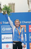 31 AUG 2007 - HAMBURG, GER - Hollie Avil celebrates her victory - Junior Womens World Triathlon Championships. (PHOTO (C) NIGEL FARROW)