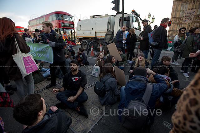 London, 19/01/2016. Today, students gathered in Parliament Square to protest against the British Government decision to scrap the maintenance grants. Then, protesters moved to occupy, symbolically and peacefully, Westminster Bridge. From the organisers Facebook page: &lt;&lt;This Tuesday, the Labour Party has called an opposition day debate on the scrapping of maintenance grants. We will be there to demand a reversal of this disgraceful attack on working class students, and to show that we will not let them get away with this. Last Thursday, it took just 18 MPs 90 minutes to scrap maintenance grants for the million poorest students. They did so without a debate in Parliament; in a backroom committee which most of the people these cuts are affecting will never have even heard of. And the ministers who made this decision benefitted from free higher education and grants themselves. This is not only a direct attack on working class students, but it also shows the government's flagrant disregard for the most basic democratic processes. The Tories are clearly scared of having their policies scrutinised and exposed to public anger. [&hellip;]&gt;&gt;.<br /> <br /> For more information please click here: http://on.fb.me/1S6YuYj