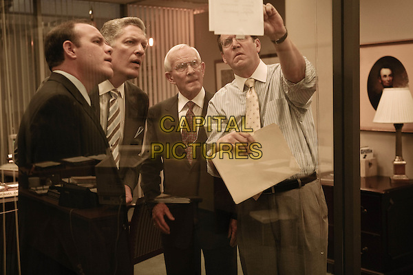 TOM PAPA, CLANCY BROWN, TOM SMOTHERS & DANIEL HAGEN.in The Informant!.*Filmstill - Editorial Use Only*.CAP/FB.Supplied by Capital Pictures.