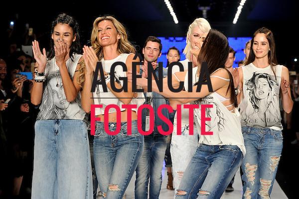 Colcci<br /> <br /> Sao Paulo Fashion Week- Verao 2016<br /> Abril/2015<br /> <br /> foto: Rafael Chacon/Agencia Fotosite