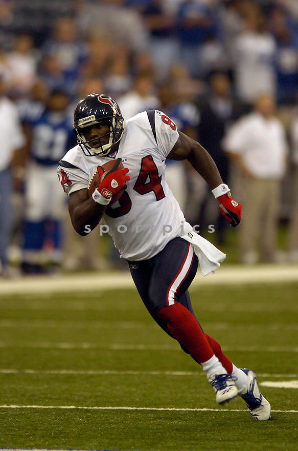 ERIC MOULDS, of the Houston Texans in action against the Indianapolis Colts, on September 17, 2006 in Indianapolis...Colts win 43-24..David Durochik / SportPics