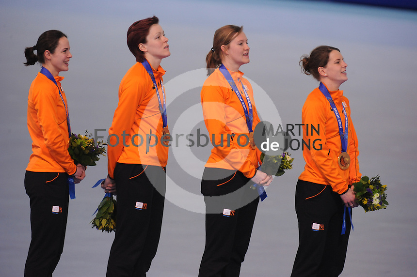 OLYMPICS: SOCHI: Adler Arena, 22-02-2014, Team Pursuit, TeamNL (NED), ©photo Martin de Jong
