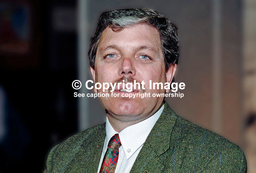 Alan Meale, MP, Labour Party, UK, 199309001..Copyright Image from Victor Patterson, 54 Dorchester Park, Belfast, UK, BT9 6RJ..Tel: +44 28 9066 1296.Mob: +44 7802 353836.Voicemail +44 20 8816 7153.Skype: victorpattersonbelfast.Email: victorpatterson@mac.com.Email: victorpatterson@ireland.com (back-up)..IMPORTANT: If you wish to use this image or any other of my images please go to www.victorpatterson.com and click on the Terms & Conditions. Then contact me by email or phone with the reference number(s) of the image(s) concerned.