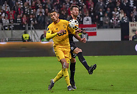 Selim Amallah (Standard Lüttich, R. Standard de Liege) gegen David Abraham (Eintracht Frankfurt) - 24.10.2019:  Eintracht Frankfurt vs. Standard Lüttich, UEFA Europa League, Gruppenphase, Commerzbank Arena<br /> DISCLAIMER: DFL regulations prohibit any use of photographs as image sequences and/or quasi-video.