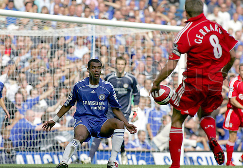 17 September 2006: Chelsea defender Ashley Cole in the area during the Premiership game between Chelsea and Liverpool, played at Stamford Bridge. Chelsea won the match 1-0. Photo: Actionplus....060917 football soccer player