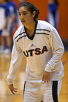SAN ANTONIO, TX - DECEMBER 30, 2005: The University at Buffalo Bulls vs. The University of Texas at San Antonio Roadrunners Women's Basketball at the UTSA Convocation Center. (Photo by Jeff Huehn)