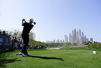 Stephen Gallacher (SCO) tees off on the 8th tee during Sunday's Final Round of the 2012 Omega Dubai Desert Classic at Emirates Golf Club Majlis Course, Dubai, United Arab Emirates, 12th February 2012(Photo Eoin Clarke/www.golffile.ie)