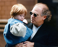 Jimmy Buffett and son Cameron 1996<br /> Photo to By John Barrett/PHOTOlink/MediaPunch