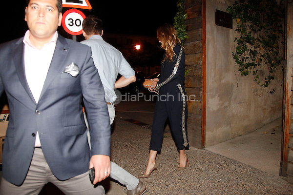 GIRONA, ESP - JUNE 25: Blake Lively and Ryan Reynolds seen leaving  el Celler de Can Roca Restaurant in Girona, Spain. June 25, 2013. Non Exclusive. Mandatory Credit: EU/KDNPIX/MediaPunch Inc. ***FOR USA ONLY***